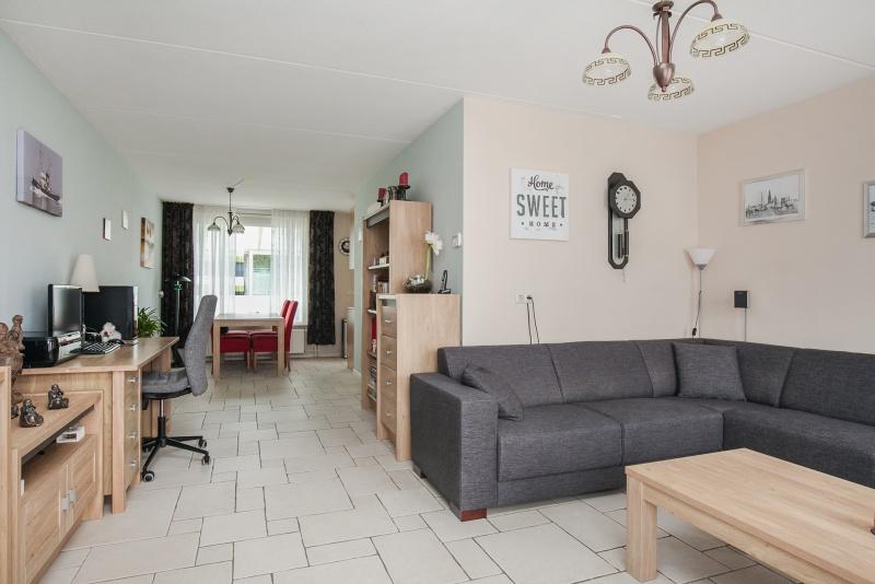 Ruime Woonkamer Inrichten : L vormige woonkamer ideeen beste ideen over huis en interieur